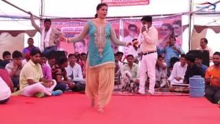 Latest Sapna dance live 2016 on Beran song (must watch)