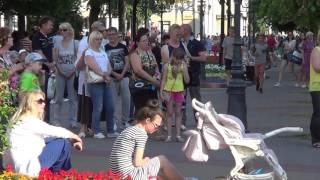 Танцы на улице! Брест - танцует! Musik! Song! Street dance!