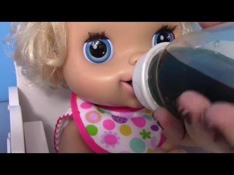 Ushqe bebi kukullen nderro pelenat bebi kukulles fle gjume ne djep shetit bebi kukullen ne park