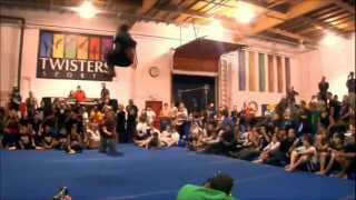 [Amazing] Freestyle Trick Jumping