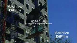 DiFilm - Mueren obreros de la construccion al caer de un edificio 1998