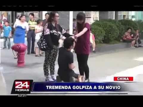 Chica golpeando a novio Infiel Nivel Asiatico