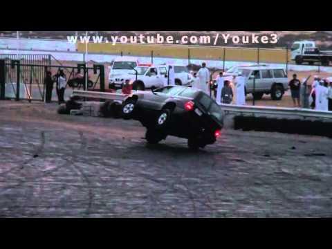شل ستاندر الهوتي من قروب كراش Black Toyota Land Cruiser Two Wheels Driving In UAE