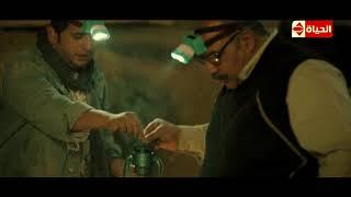 """ربع رومي   مشهد تحول بيومي فؤاد إلى """"فأر"""" بعد رحلة بحث عن الآثار والتماثيل داخل مقبرة فرعونية!"""