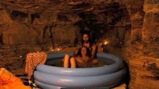BIRTH IN NATURE, JUNGLE, Water Birth Cave