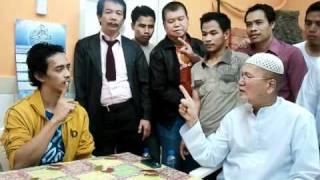A Filipino Christian reverts to Islam.