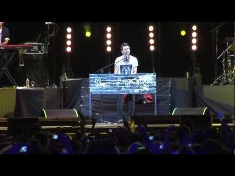 Axel en concierto Verte Reír Tkm Live