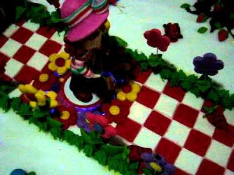 BOLO DA MORANGUINHO CRIS FESTA 81 3482 0693