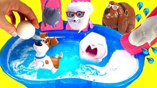 The Secret Life of Pets Dive for Toy Surprises in Bath Bomb Pool! Blind Bags & Mashems!
