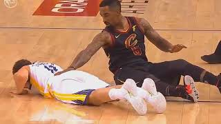 Klay Thompson Left The Game After Colliding VS JR Smith! Warriors vs Cavaliers