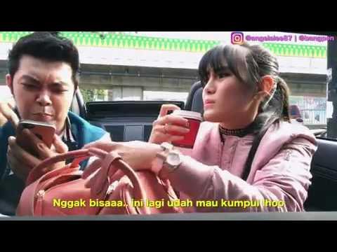 Pegang susu pacar[Hold the milk girlfriend]