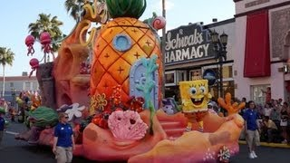 Full Universal's Superstar Parade starring Despicable Me, SpongeBob, Dora and Hop