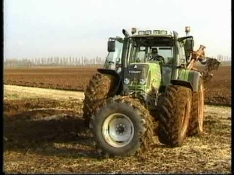Turner Steering device on Fendt German Tractor