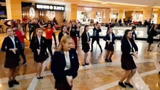 индийский रसियंन  flashmob moscow russia