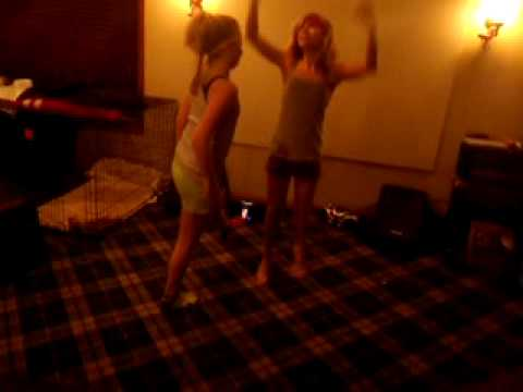 Xxx Mp4 Lily And Kasey Dancing Indian Style 3gp Sex