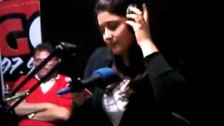 Oriana Fernandez  Cantando en DomingoRekrgado.