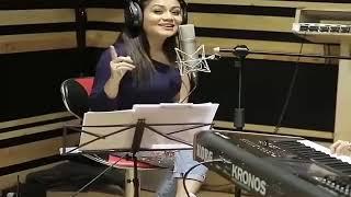 Deewane Ruk Ja Tera Humse Samna Hai Neha Kakkar new WhatsApp status