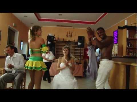 Striptis la nunti pentru Mireasa si Mire nunti