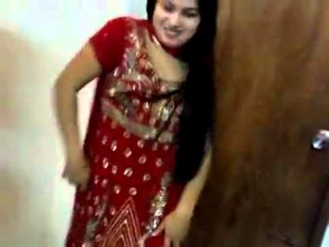 desi girl dancing in private room