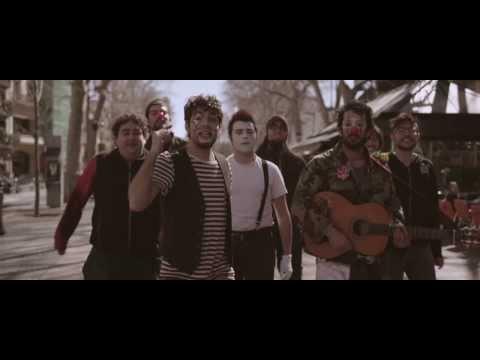 Txarango Músic de carrer Videoclip Oficial