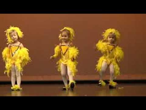 CHICKEN DANCE RECITAL