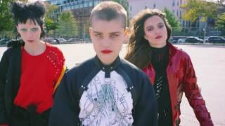 SOFI TUKKER - Johny (Official Video)