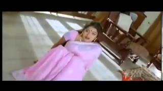 Mallu Actress Saree Drop and showing boobs and Navel