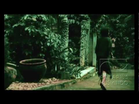 Pia - Lentera Cinta | Official Video Mp3