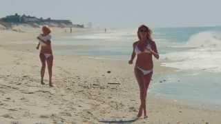 Kate Upton Hot Bikini Scenes from