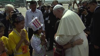 Best images from Pope Francis' trip to Myanmar and Bangladesh