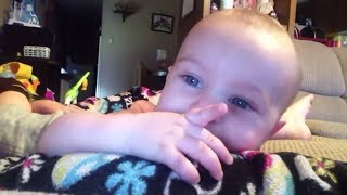Babies Say Their First Words! | Funny Baby Compilation