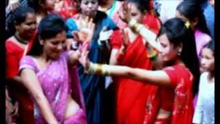 Dali nughyo charile tekera डाली नुघ्यो चरीले टेकेर - Ramji Khand & Devi Gharti Magar