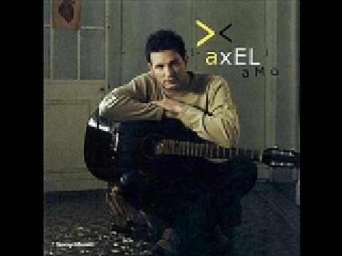 AXEL ME ESTOY ENAMORANDO
