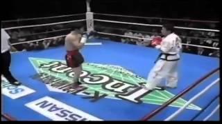 Taekwondo VS Muay Thai KO.) @ K-1 GP FINAL