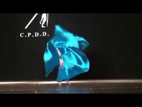 Abigail Danza Arabe con Alas