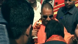 Vyakti Vishesh: Yogi Adityanath: Two weeks of 'Yogi' Raj