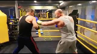 Boksörle & Fitness cı Boks Maçımız .! Vücuda Çalışarak Keyifli Antrenman Maçı. Kafaya Yumruk Yok