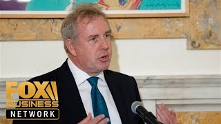 UK ambassador to US resigns over leaked emails critical of Trump