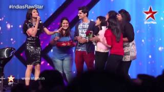 India's Raw Star – Darshan Raval's fan moment!