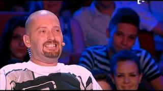 X Factor Romania - Dan Bittman il invata pe Cheloo sa ofere complimente femeilor!