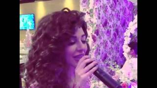 ميريام فارس تنافس عروس كويتية بإطلالة ناعمة أكثر جاذبية