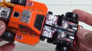 G1 Sandstorm (triple changer - bot, dunebuggy, helicopter) | Transformers Generation One review