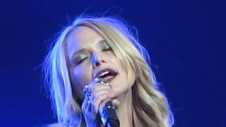 Miranda Lambert - Crazy (Live in Glasgow, Scotland)
