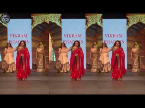 Bollywood actresses ramp walk goes HORRIBLY WRONG Uncut videos