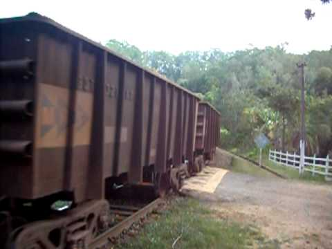 MRS Locomotiva Ge C44EMI Nº3978 3