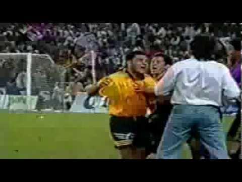 Ricardo La Volpe vs Raúl Rodrigo Lara Encarándose Lavolpe y Lara