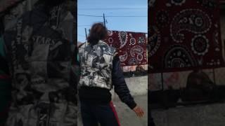 Луд циганин играе кучек