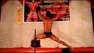 Tagore Nagar Show Poses