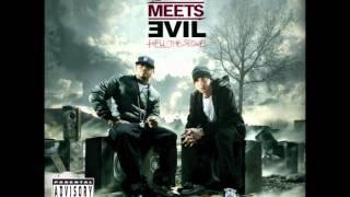 Bad Meets Evil - I'm On Everything lyrics