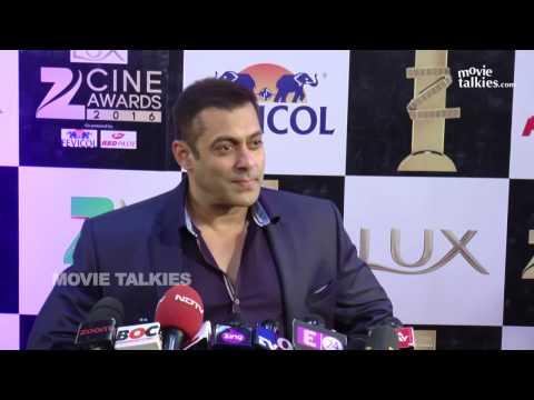 Xxx Mp4 Salman Khan Harshali Malhotra At Zee Cine Awards 2016 Red Carpet 3gp Sex